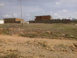 Terreno En Ventaen Punto Fijo, Santa Irene, Venezuela, VE RAH: 20-8778
