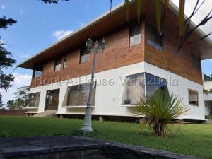 Casa En Ventaen El Junquito-Vargas, El Junko Country Club, Venezuela, VE RAH: 20-8811