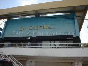 Local Comercial En Alquileren Valencia, Camoruco, Venezuela, VE RAH: 20-8843