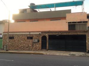 Casa En Ventaen Caracas, Campo Claro, Venezuela, VE RAH: 20-8865