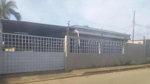 Casa En Ventaen Ciudad Ojeda, Barrio Libertad, Venezuela, VE RAH: 20-8860