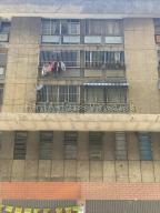 Apartamento En Ventaen Caracas, Parroquia La Candelaria, Venezuela, VE RAH: 20-8886