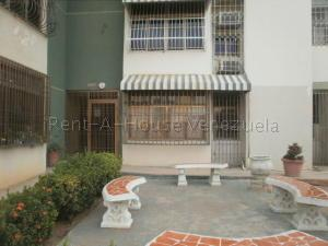 Apartamento En Ventaen Maracaibo, El Varillal, Venezuela, VE RAH: 20-8901