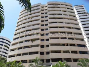 Apartamento En Ventaen Valencia, Los Mangos, Venezuela, VE RAH: 20-9513