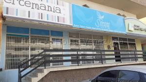 Local Comercial En Alquileren Maracaibo, Santa Rita, Venezuela, VE RAH: 20-8932