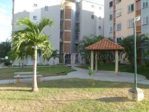 Apartamento En Ventaen Municipio San Diego, Terrazas De San Diego, Venezuela, VE RAH: 20-8975