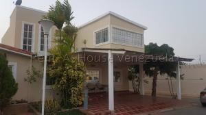 Casa En Ventaen Maracaibo, Doral Norte, Venezuela, VE RAH: 20-8972
