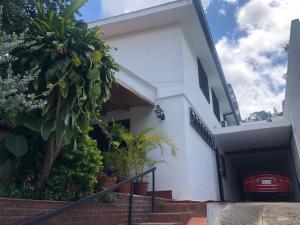 Casa En Ventaen Caracas, Terrazas Del Club Hipico, Venezuela, VE RAH: 20-8990