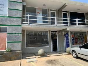 Local Comercial En Alquileren Ciudad Ojeda, Plaza Alonso, Venezuela, VE RAH: 20-9006