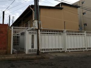 Apartamento En Ventaen Maracaibo, Pomona, Venezuela, VE RAH: 20-9007