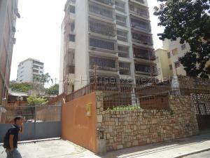 Apartamento En Ventaen Caracas, El Paraiso, Venezuela, VE RAH: 20-9040