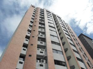 Apartamento En Ventaen Valencia, La Trigaleña, Venezuela, VE RAH: 20-9021
