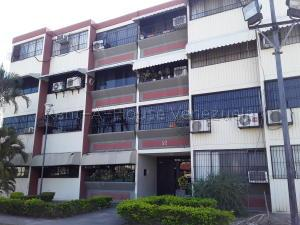 Apartamento En Ventaen Turmero, Campo Alegre, Venezuela, VE RAH: 20-9100