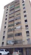 Apartamento En Ventaen Maracaibo, Las Delicias, Venezuela, VE RAH: 20-9069