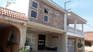 Townhouse En Ventaen Maracaibo, Santa Fe, Venezuela, VE RAH: 20-9071