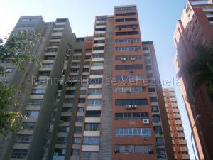 Apartamento En Ventaen Valencia, Avenida Bolivar Norte, Venezuela, VE RAH: 20-9129