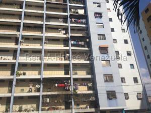 Apartamento En Ventaen Barquisimeto, Parroquia Concepcion, Venezuela, VE RAH: 20-9115