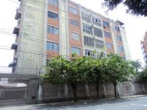 Apartamento En Ventaen Barquisimeto, Del Este, Venezuela, VE RAH: 20-9125