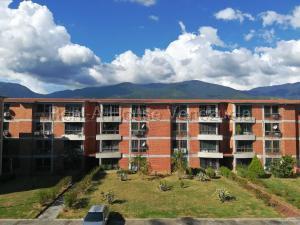 Apartamento En Ventaen Guatire, El Castillejo, Venezuela, VE RAH: 20-7582
