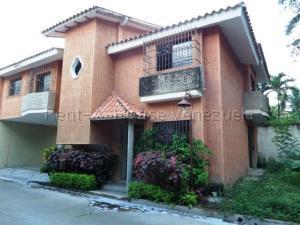 Townhouse En Ventaen Maracay, Cantarana, Venezuela, VE RAH: 20-9181