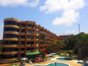 Apartamento En Ventaen Tucacas, Tucacas, Venezuela, VE RAH: 20-9196