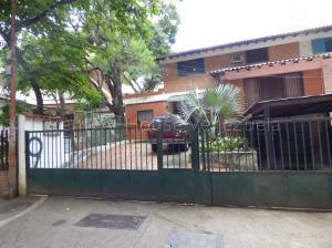 Galpon - Deposito En Alquileren Caracas, El Rosal, Venezuela, VE RAH: 20-9230
