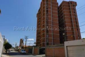 Apartamento En Ventaen Maracaibo, Santa Rita, Venezuela, VE RAH: 20-9268