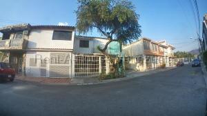 Casa En Ventaen Municipio San Diego, Monteserino, Venezuela, VE RAH: 20-9187