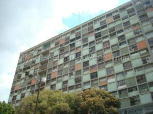 Apartamento En Ventaen Caracas, El Paraiso, Venezuela, VE RAH: 20-9307