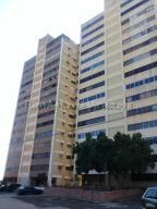 Apartamento En Ventaen Maracaibo, Valle Frio, Venezuela, VE RAH: 20-9318