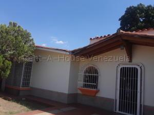 Casa En Ventaen Municipio Naguanagua, La Campina Ii, Venezuela, VE RAH: 20-9336