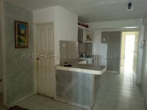 Apartamento En Ventaen Punto Fijo, Santa Irene, Venezuela, VE RAH: 20-9366