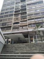 Apartamento En Ventaen Caracas, San Juan, Venezuela, VE RAH: 20-9396