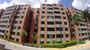 Apartamento En Ventaen Caracas, Los Naranjos Humboldt, Venezuela, VE RAH: 20-9400