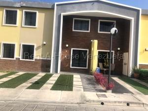 Casa En Ventaen Cabudare, Parroquia Cabudare, Venezuela, VE RAH: 20-9426