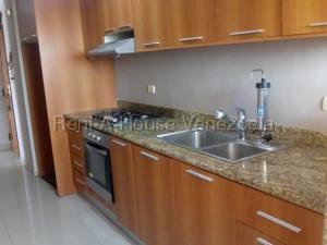Apartamento En Ventaen Maracaibo, Ziruma, Venezuela, VE RAH: 20-9446