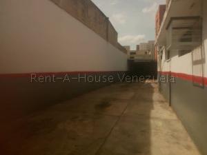 Terreno En Ventaen Maracay, Los Olivos Viejos, Venezuela, VE RAH: 20-9456