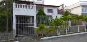 Casa En Ventaen Charallave, Charallave Country, Venezuela, VE RAH: 20-8985