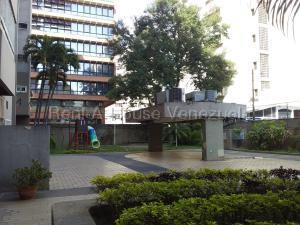 Apartamento En Ventaen Caracas, El Rosal, Venezuela, VE RAH: 20-9529