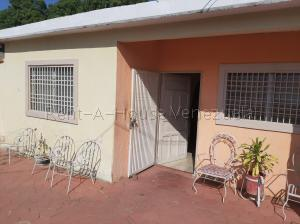 Casa En Ventaen Maracaibo, San Miguel, Venezuela, VE RAH: 20-9546