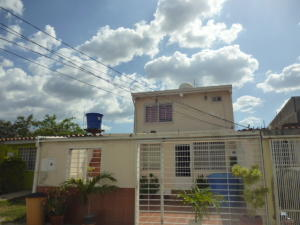 Casa En Ventaen Cabudare, Parroquia José Gregorio, Venezuela, VE RAH: 20-9576