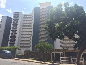 Apartamento En Ventaen Parroquia Caraballeda, La Llanada, Venezuela, VE RAH: 20-9584
