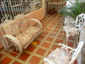 Casa En Ventaen Turmero, Zona Centro, Venezuela, VE RAH: 20-9592