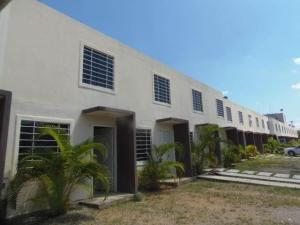 Casa En Ventaen Barquisimeto, La Ensenada, Venezuela, VE RAH: 20-9594
