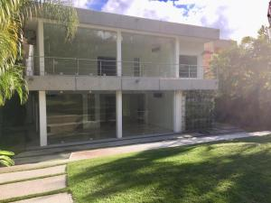 Casa En Ventaen Caracas, Country Club, Venezuela, VE RAH: 20-9633