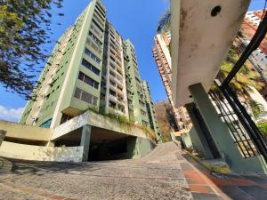 Apartamento En Ventaen Valencia, Las Chimeneas, Venezuela, VE RAH: 20-9672