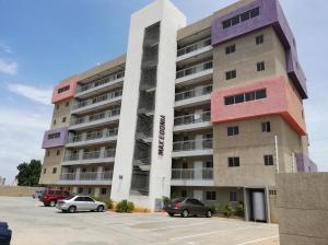 Apartamento En Ventaen Maracaibo, Veritas, Venezuela, VE RAH: 20-9663