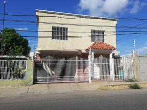 Casa En Alquileren Ciudad Ojeda, La 'l', Venezuela, VE RAH: 20-9676