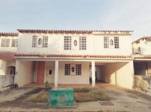 Casa En Ventaen Ciudad Ojeda, Campo Claro, Venezuela, VE RAH: 20-9687