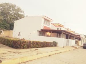 Townhouse En Ventaen Cabimas, Ambrosio, Venezuela, VE RAH: 20-9703